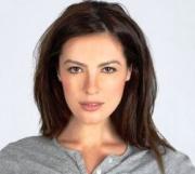 Sasha Barrese English Actress