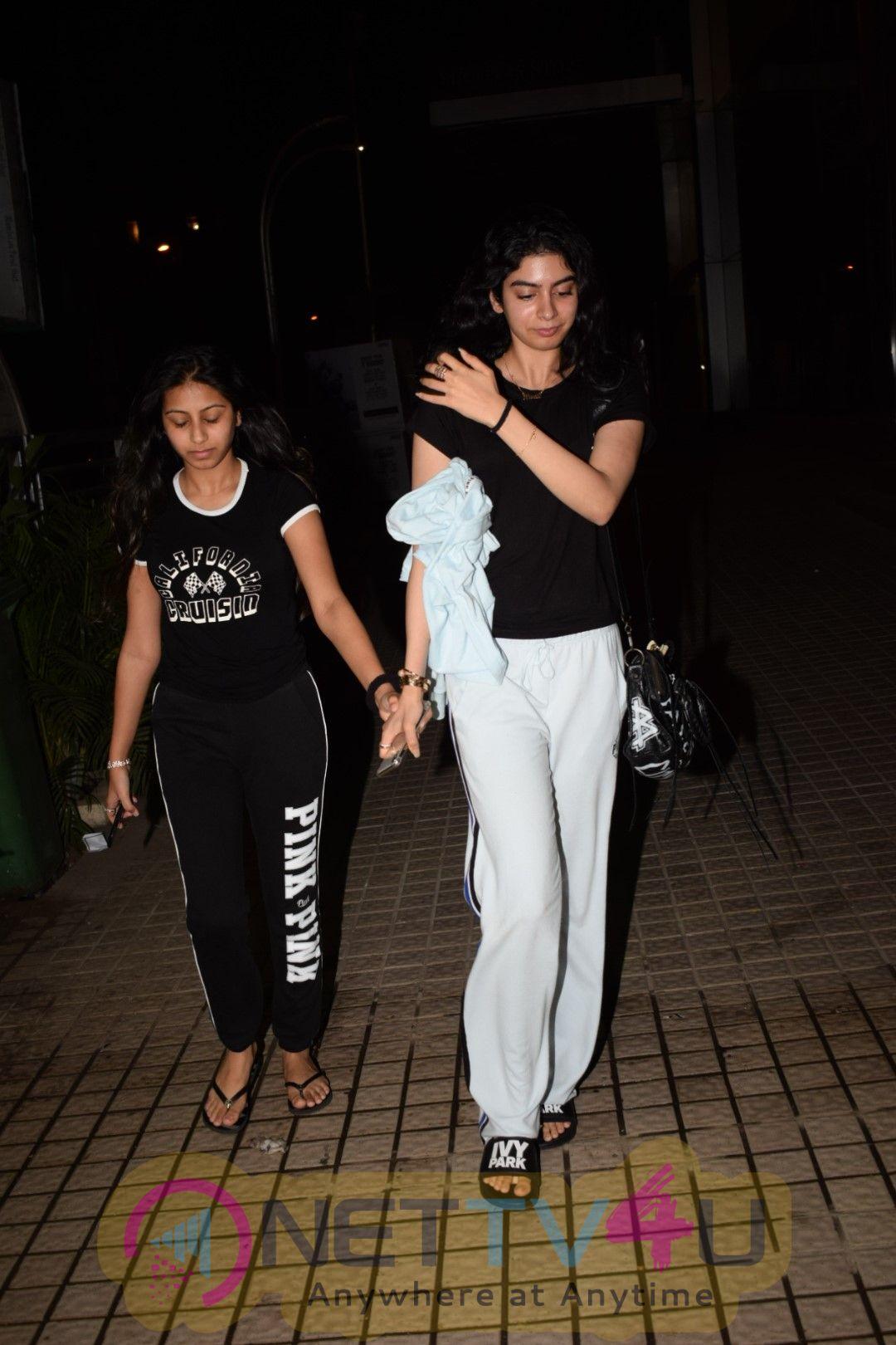 Khushi Kapoor Came To PVR Hindi Gallery
