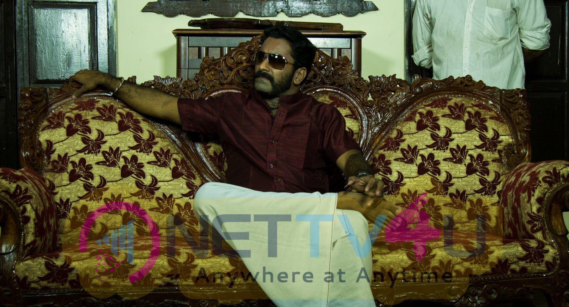 Vinveli Payana Kurippukal Movie Press Release Stills