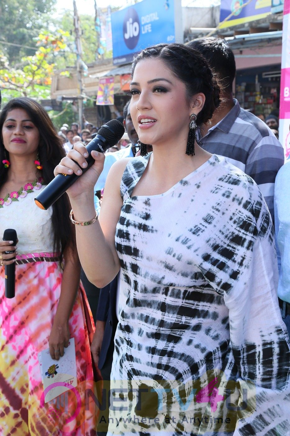 Actress Mehrene Kaur Pirzada Cute Pics At Mobile Store Launch