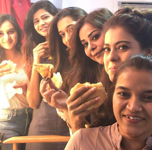 Kajol Gives Treat To The Crew During Shooting O..