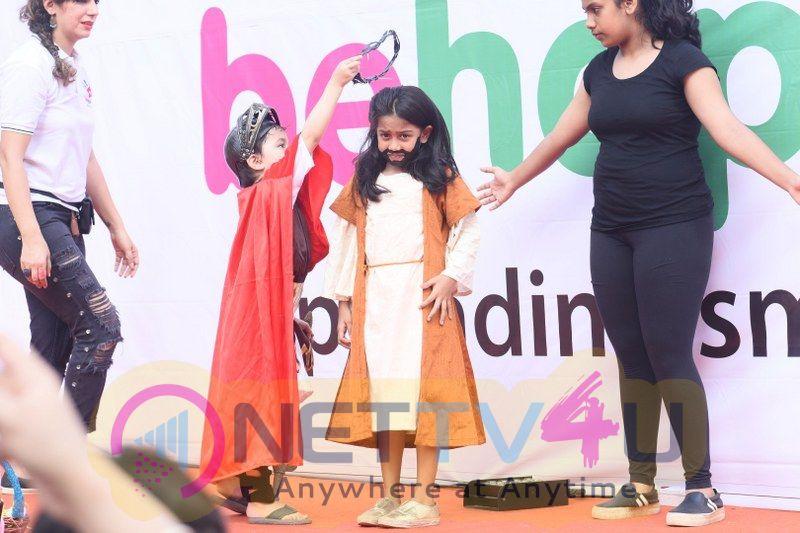 Lokhandwala Street Festival With Tiger Shroff