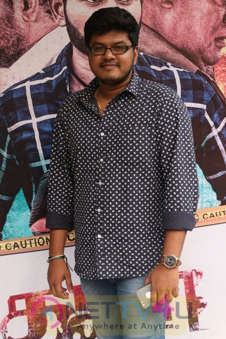 Thappu Thanda Tamil Movie Press Meet Stills