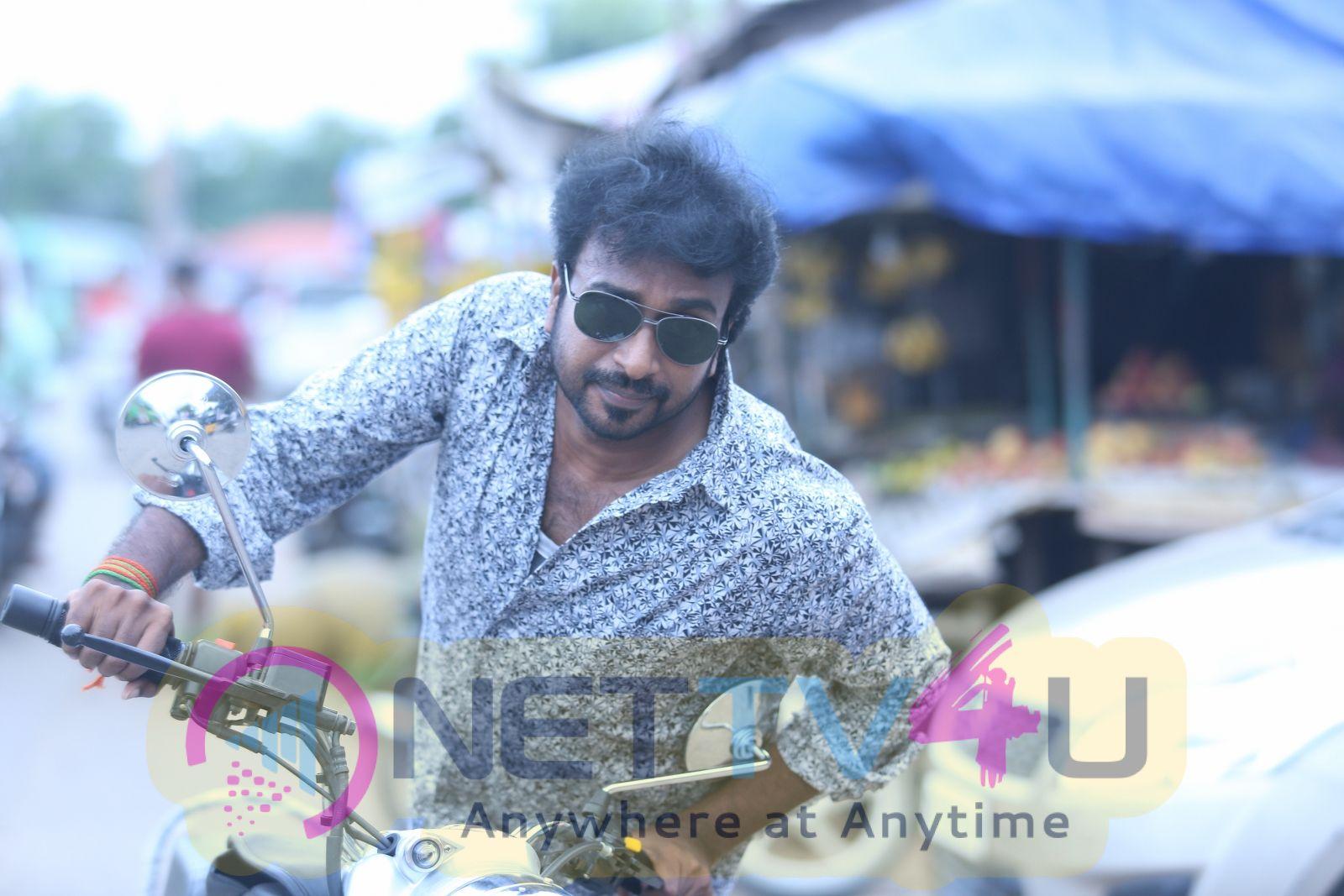 Director Yuvaraja Good Looking Pics  Tamil Gallery