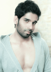Suresh Ravi