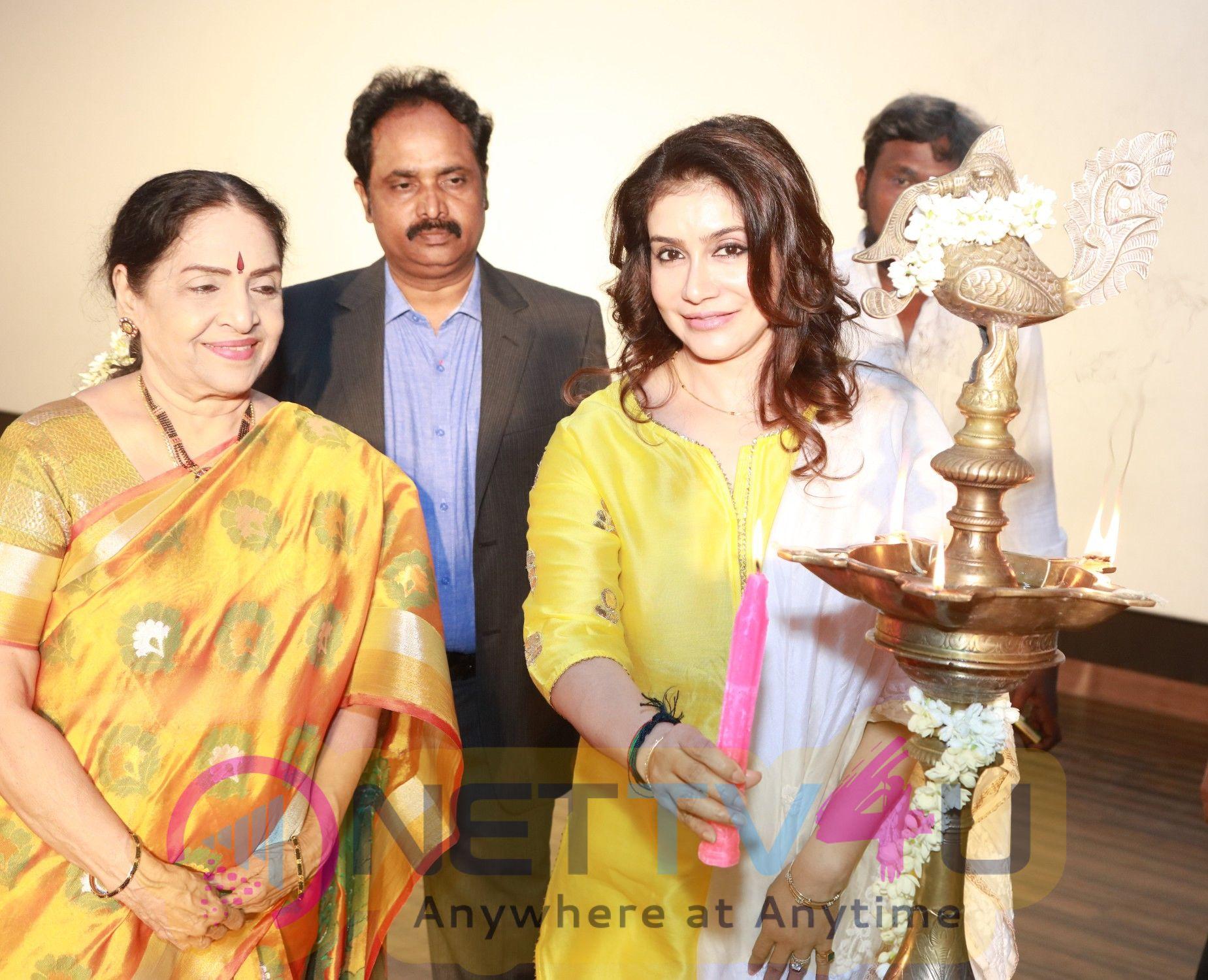 Utharavu Maharaja Movie Audio Launch Photos