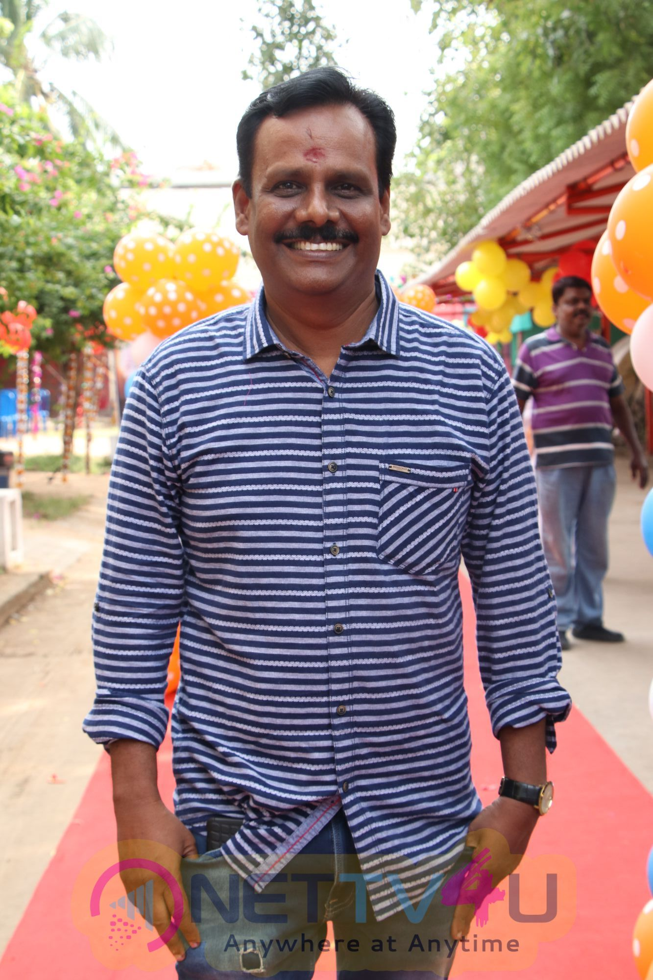 Avathara Vettai Tamil Movie Pooja Stills