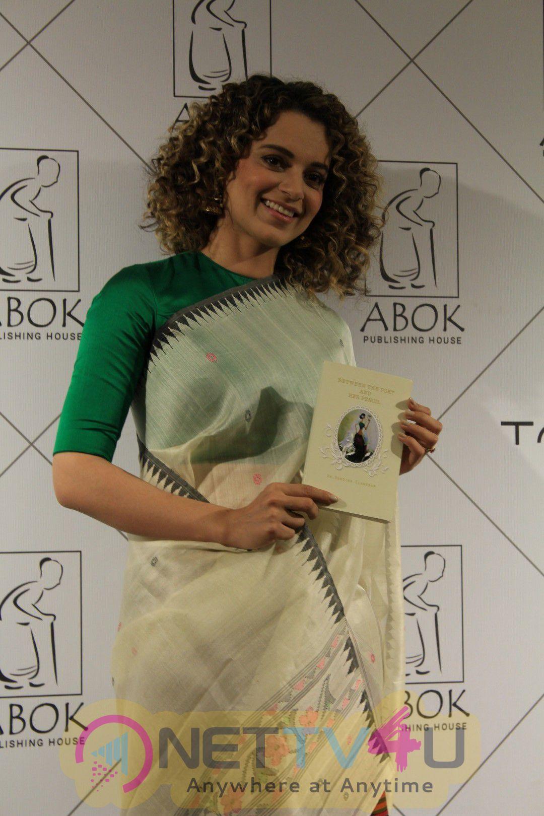 Kangana Ranaut Attends Book Launch For Her Dear Friend Photos