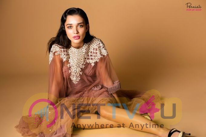 Amy Jackson New Stunning Photoshoot