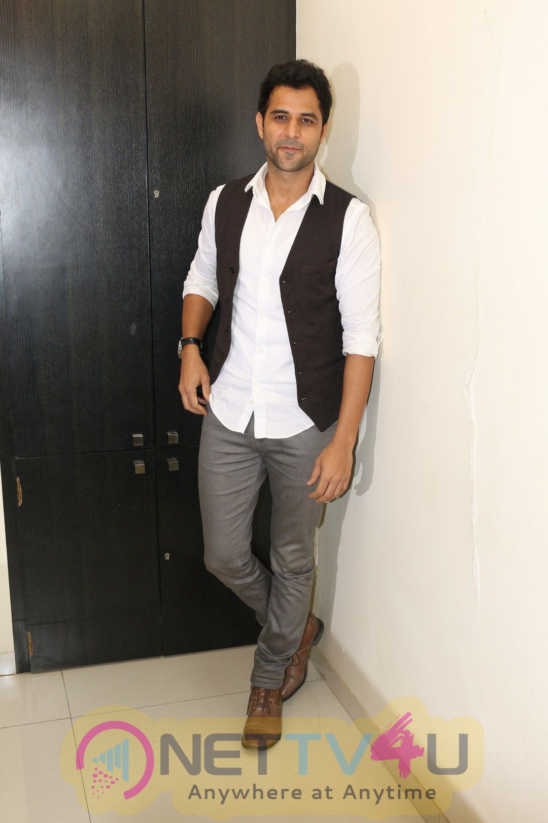 Launch Of The Single Waada Raha Sanam With Gurmeet Choudhary Cute Photos