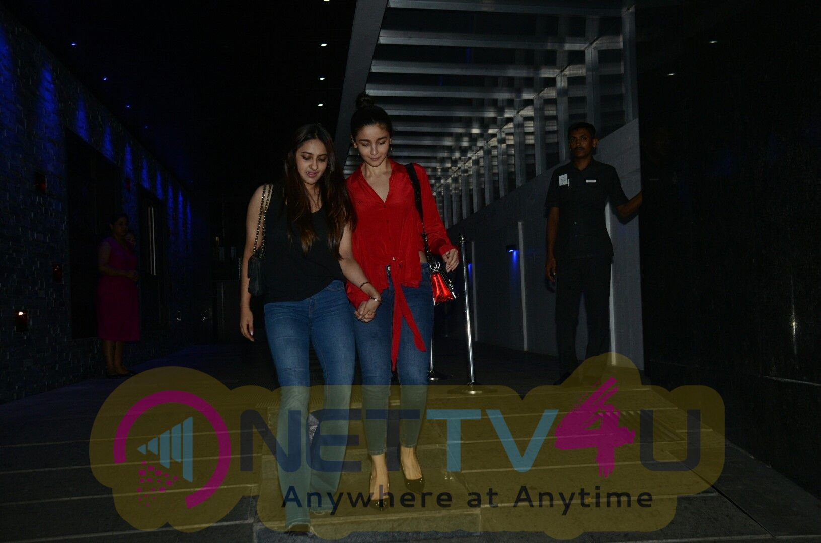 Alia Bhatt And Anushka Ranjan Spotted At Hakkasan Restaurant Bandra Cute Images Hindi Gallery