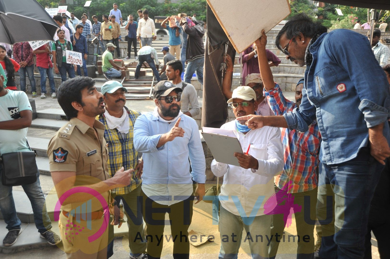 Touch Chesi Chudu Movie Working Stills