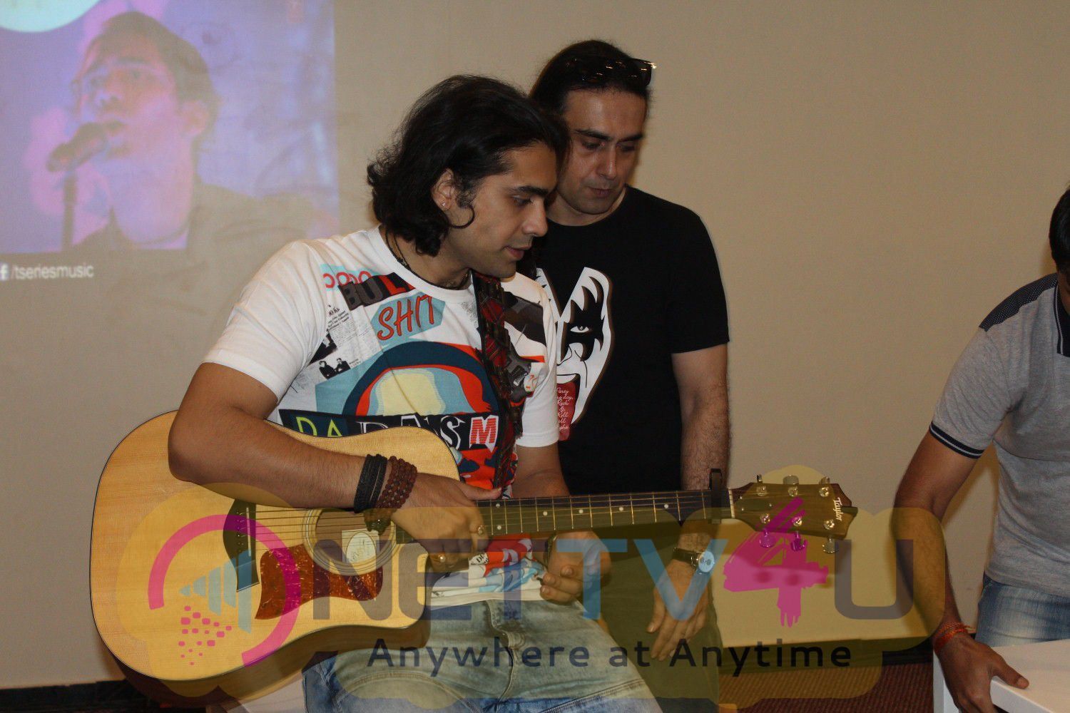 Special Performance Of His Latest Single Haaye Dil With Jubin Nautiyal Stills Hindi Gallery