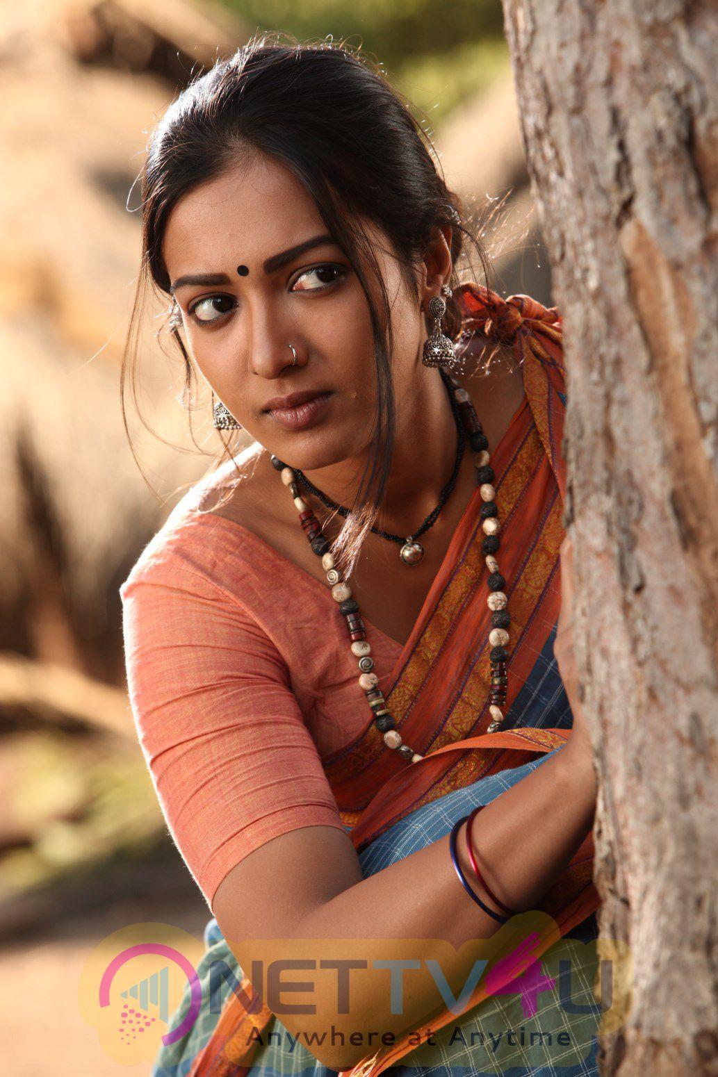 Kadamban Tamil Movie High Quality Photos