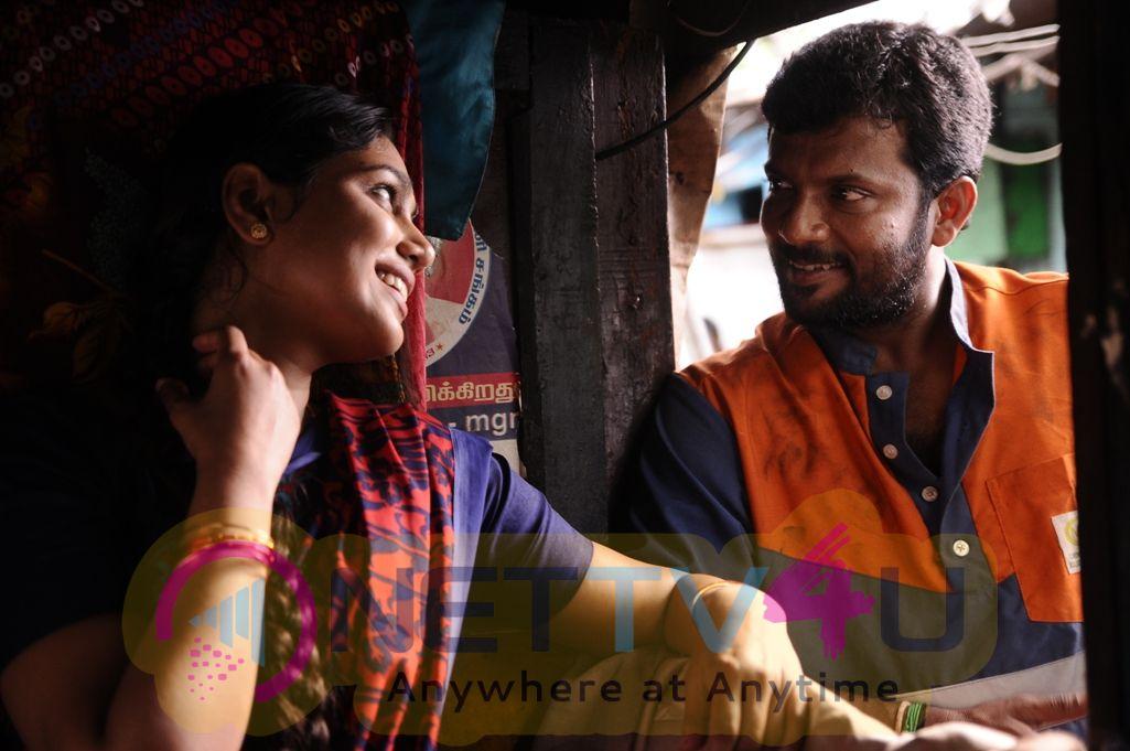 Oru Kuppai Kadhai Movie Pics
