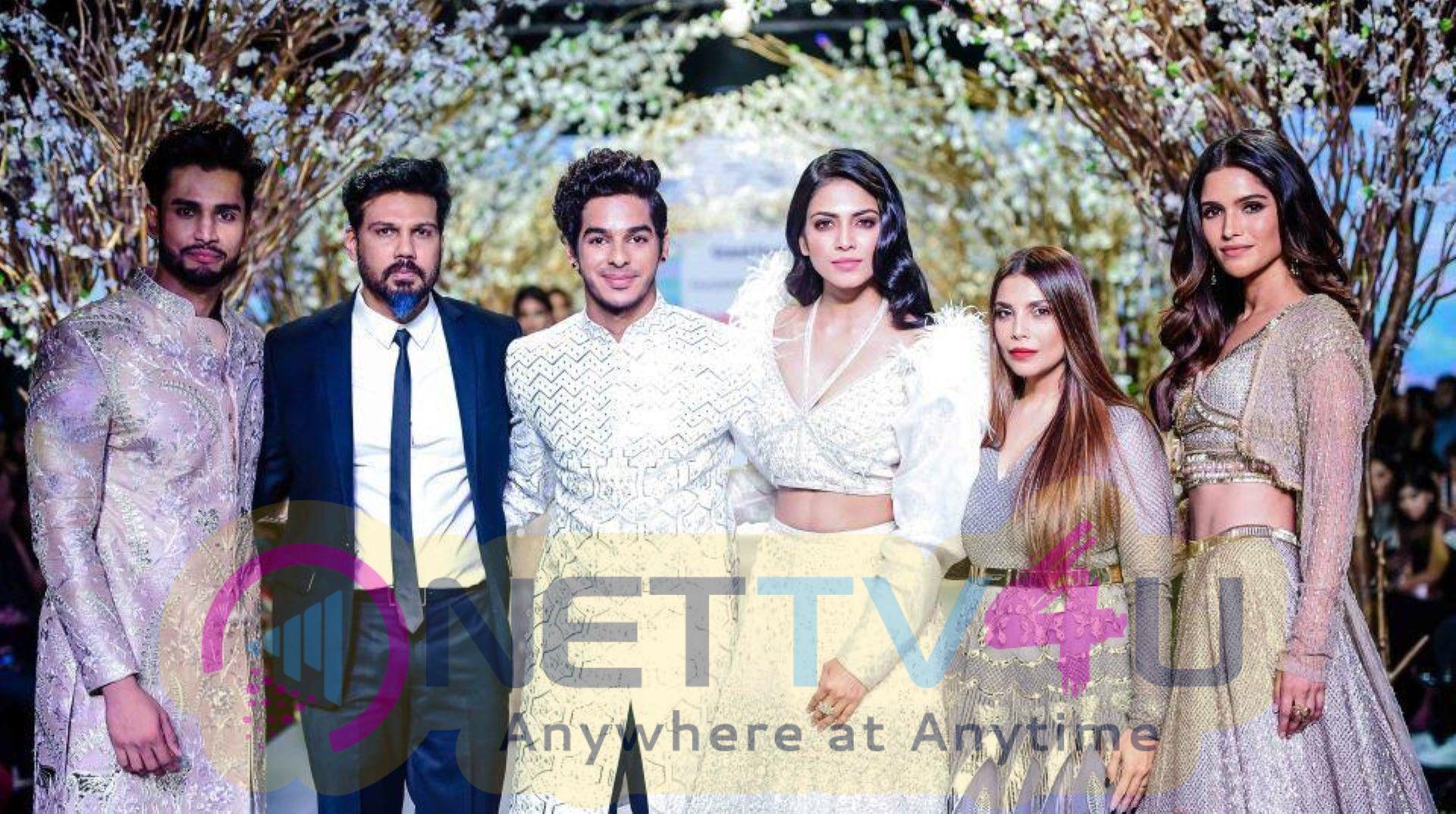 Bombay Times Fashion Week Photos  Hindi Gallery