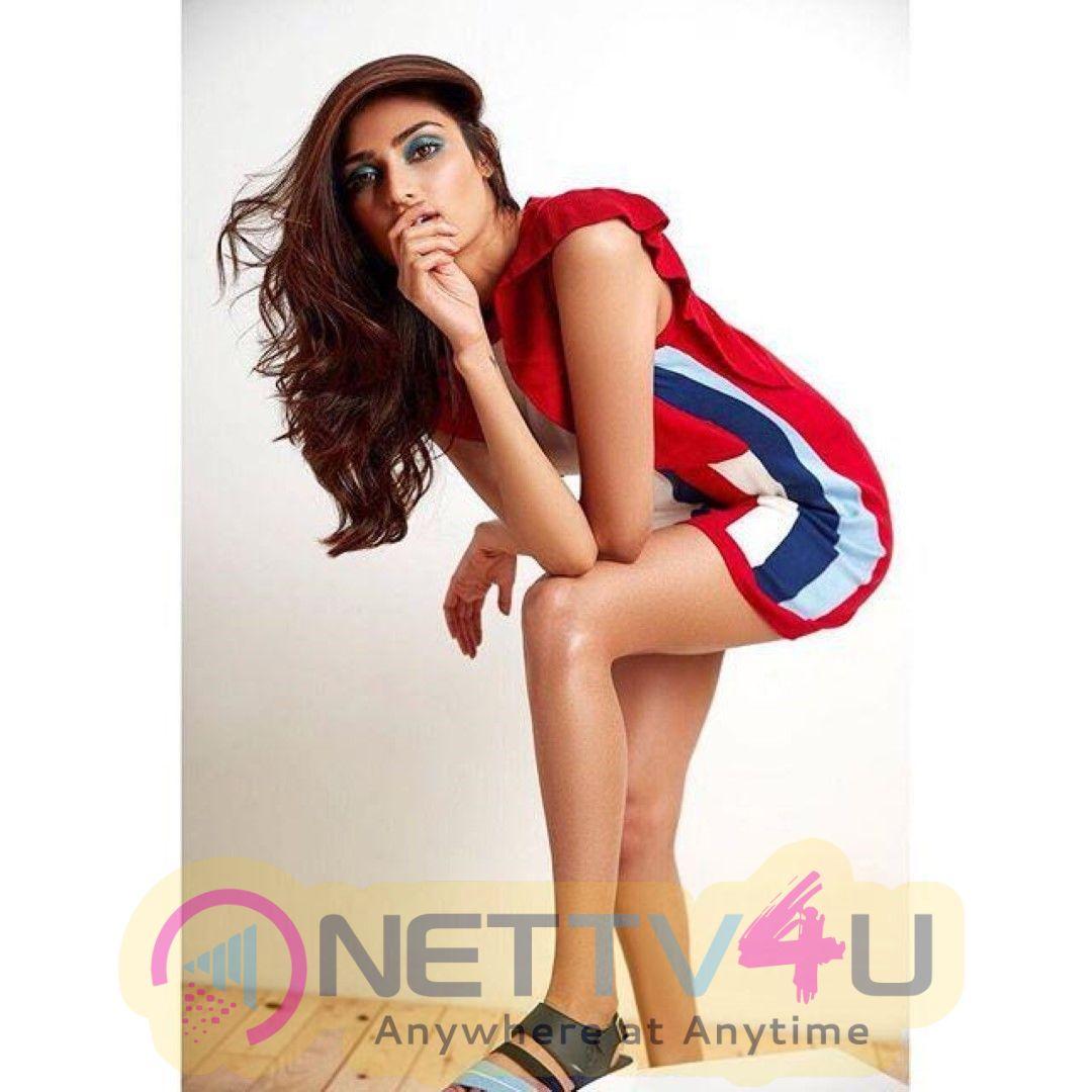 Actress Athiya Shetty New Pretty Stills
