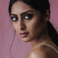 Krithika Hindi Actress