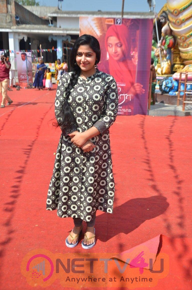 Actress Anu Sithara Pretty Stills