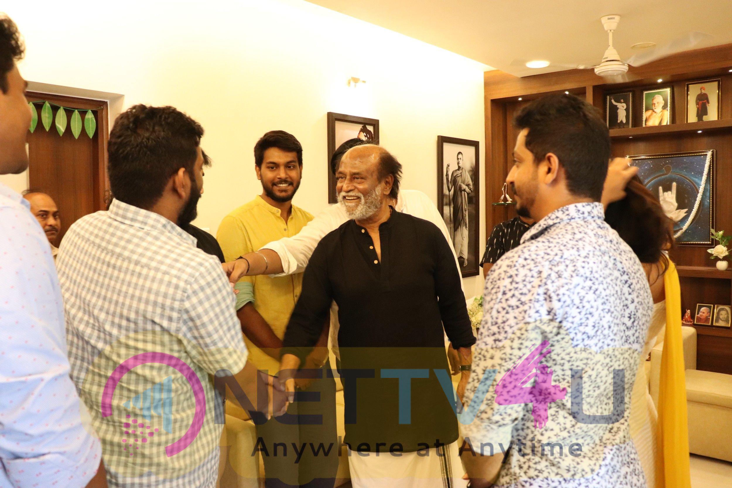 Mercury Team Met Superstar Rajinikanth Images Tamil Gallery