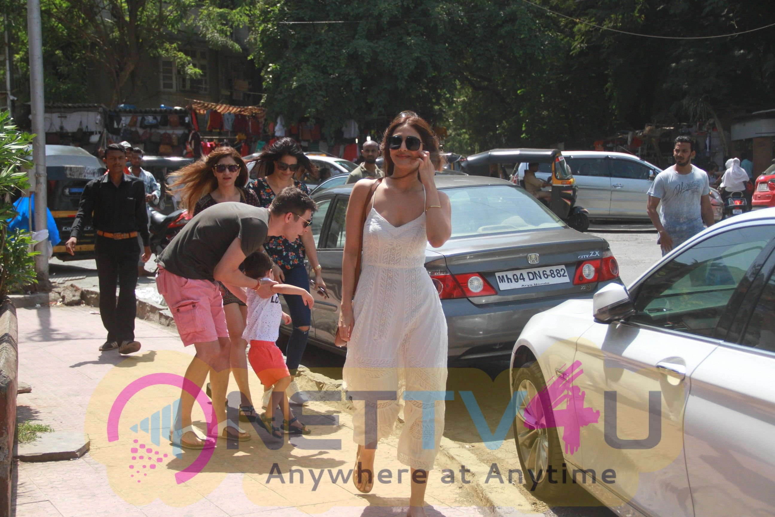 Vaani Kapoor Came To Bastian Restaurant In Bandra