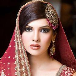 Mona Laizza Hindi Actress