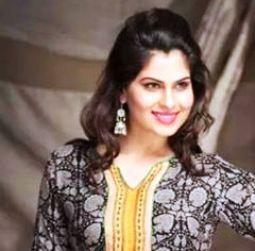 Karishma Kapur Hindi Actress