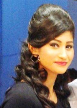 Shweta Poojary Hindi Actress