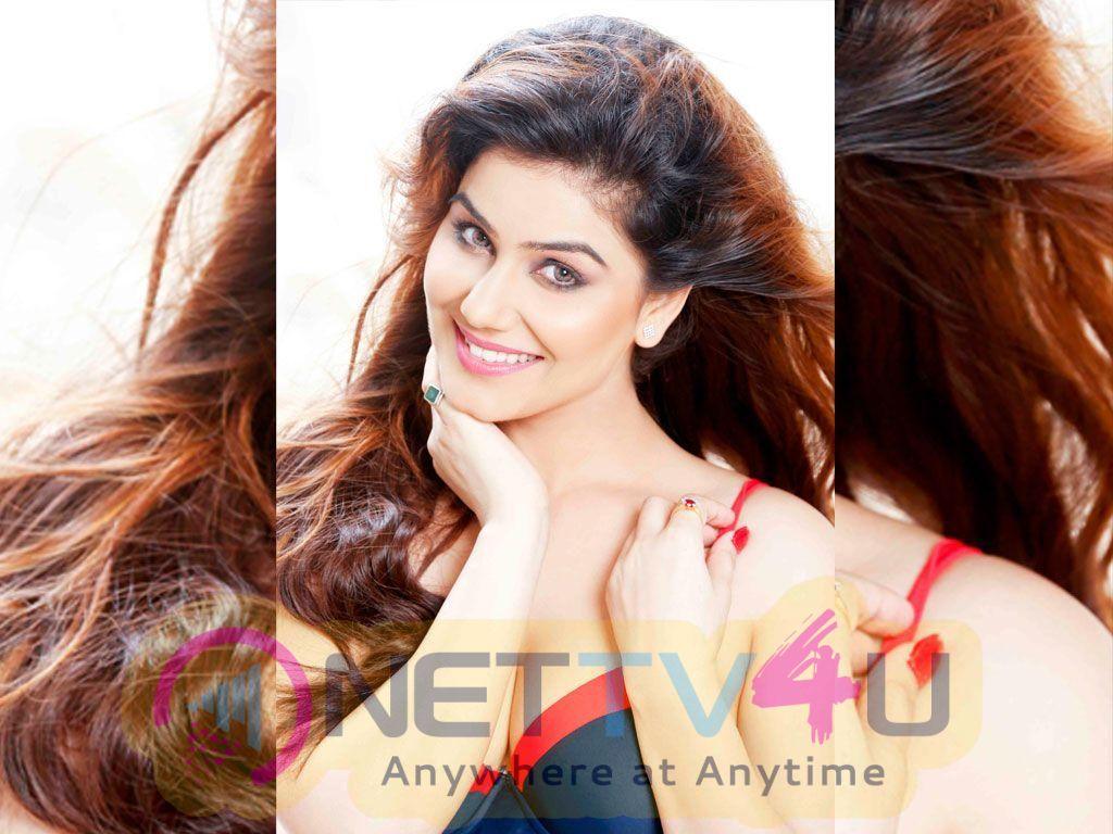 Kangna Sharma New Hot Photos