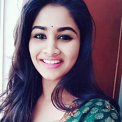 Shivani Narayanan Tamil Actress