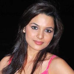 Chitrashi Rawat Hindi Actress