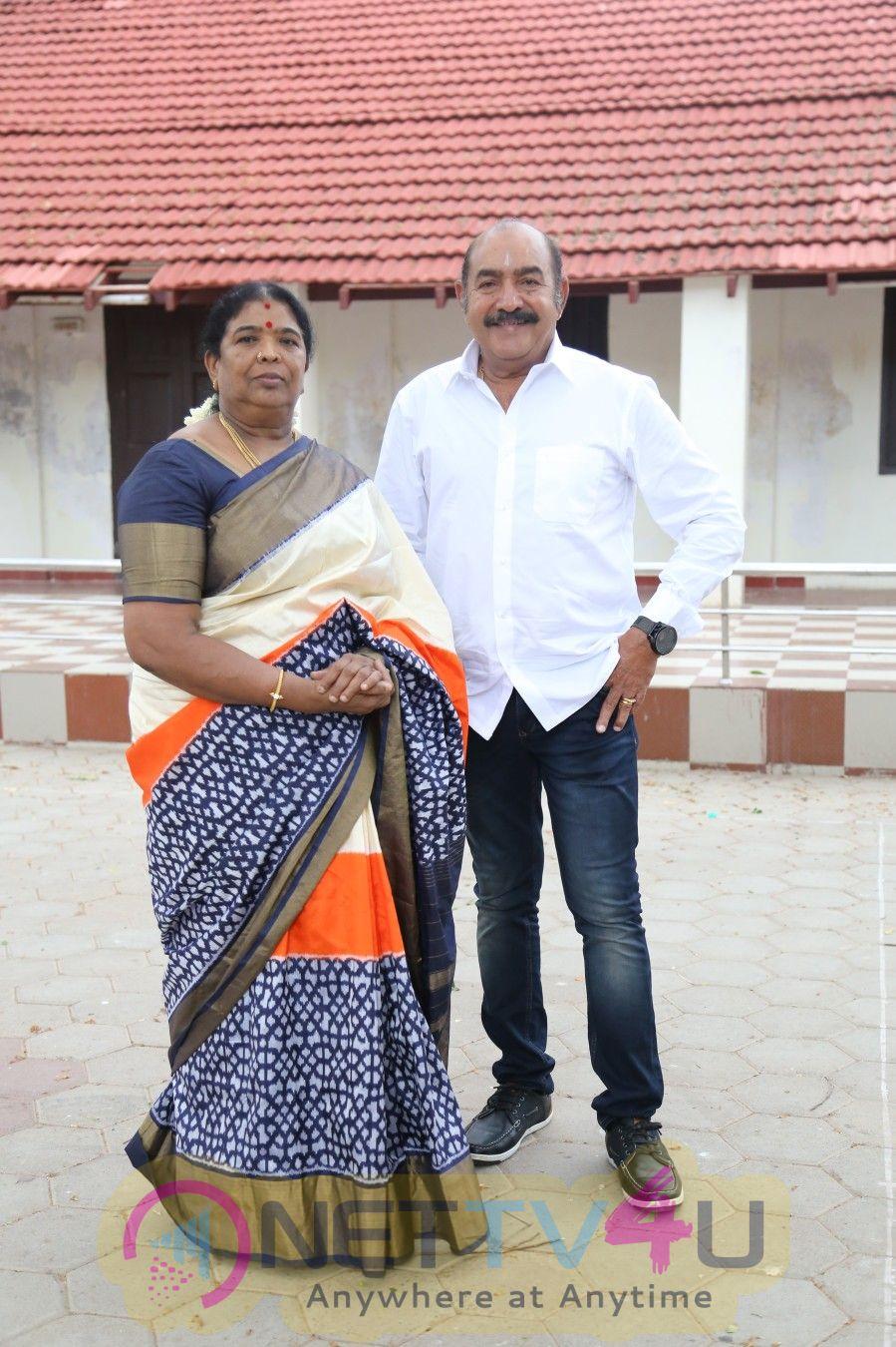 Thadam Tamil Movie Pooja Stills