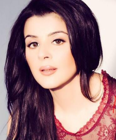 Aanushka Ramesh Hindi Actress