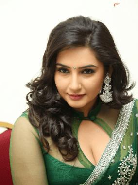Ragini Dwivedi Does Role In Upcoming Kannada Fl..