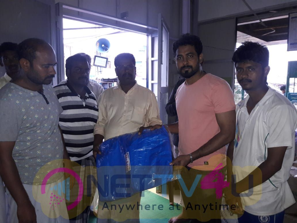 Actor Aari Helps To Delta Peoples Pics