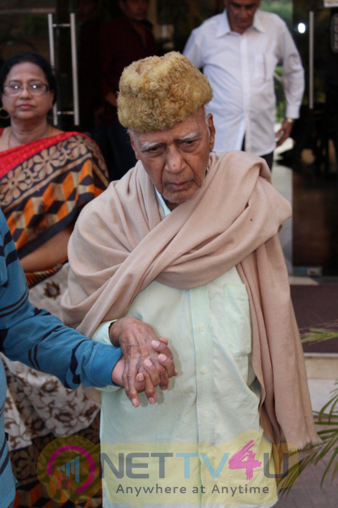 Chautha Of Shri Naqsh Lyllapuriji With Udit Narayan & Mohammad Zahur Khayyam Stills