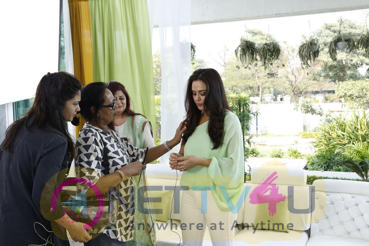 Working Stills Preity Zinta For Roop Mantra As Brand Ambassador