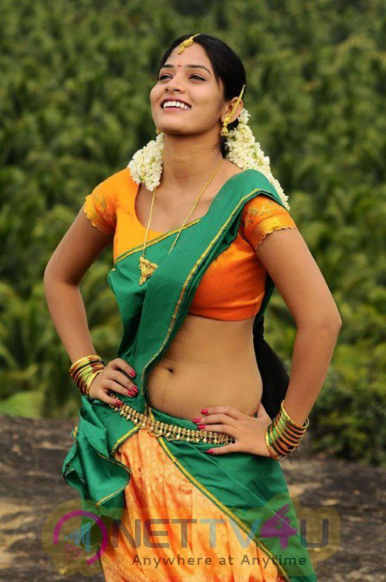 Actress In Saree Hot  Good Looking Images