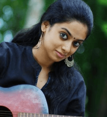 Actress Gauthami Nair To Enter Wedlock