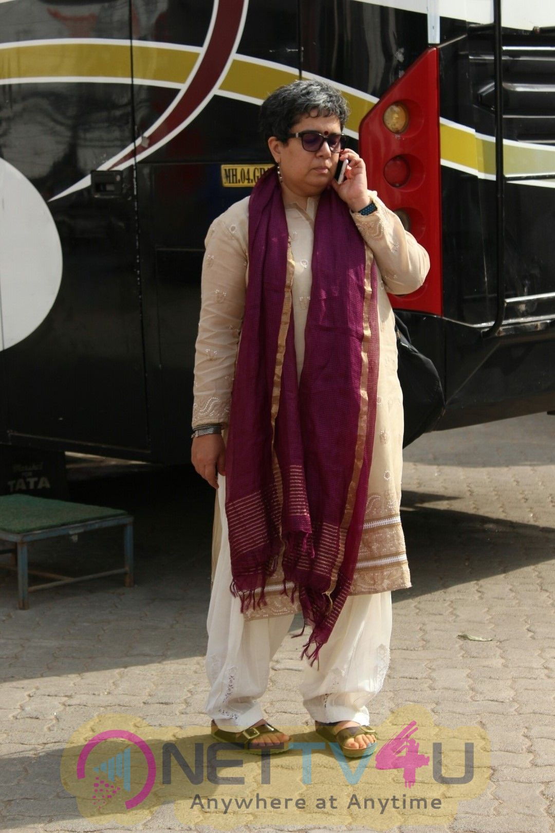 Aamir Khan Ex Wife Reena Dutta Came To Mehboob Studio Hindi Gallery