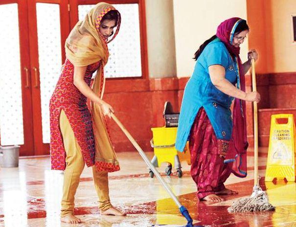 GV Prakash's Heroine Mopped The Floor In London..