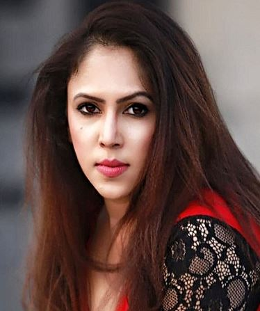 Piew Jana Hindi Actress