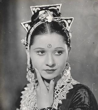 Sadhana Bose Hindi Actress