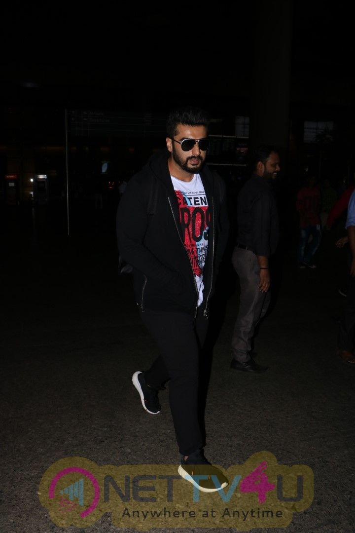 Images Of Arjun Kapoor Spotted At The Airport