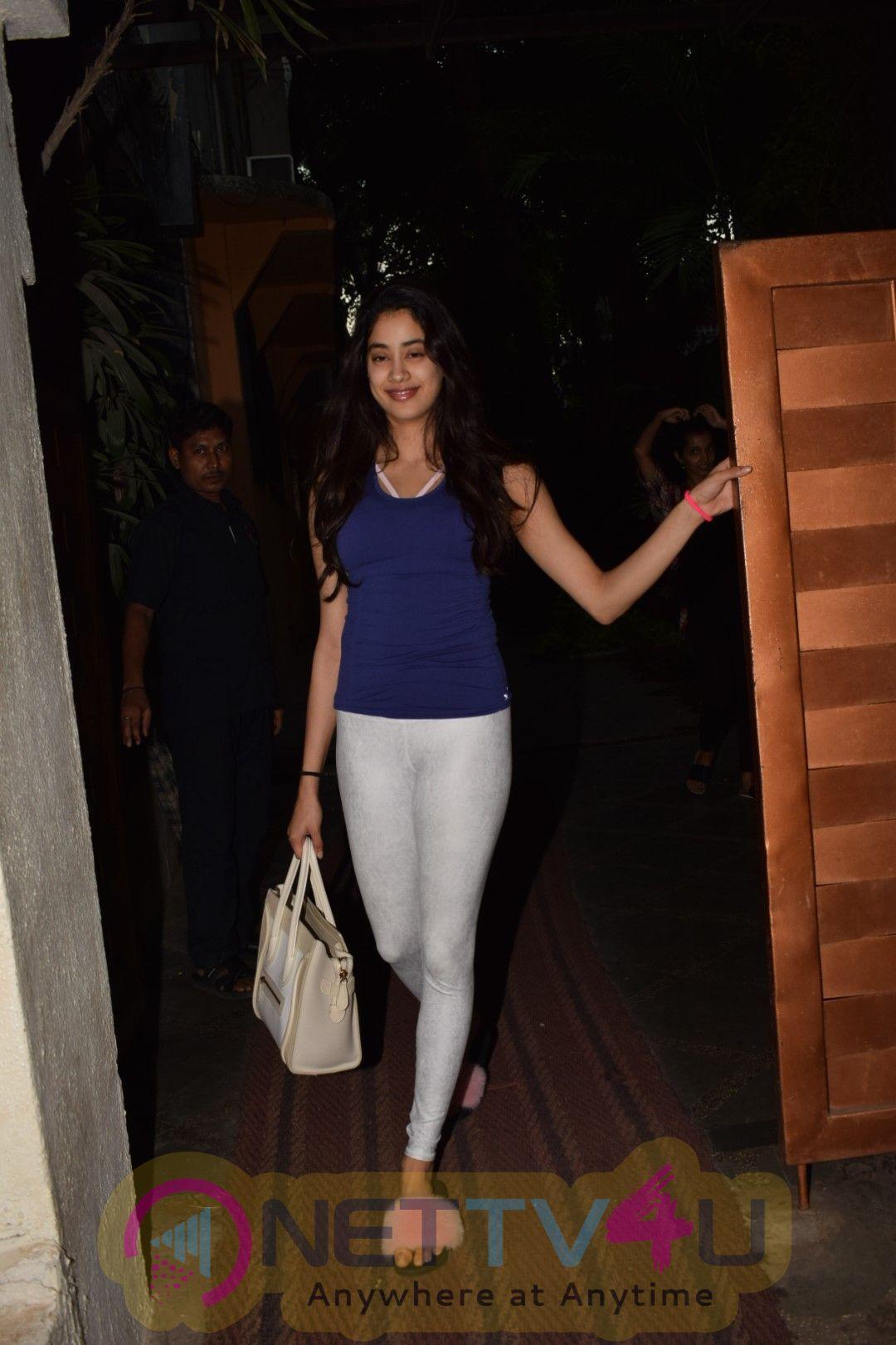Pics Of Sridevi's Daughter Jahnavi Kapoor At Juhu