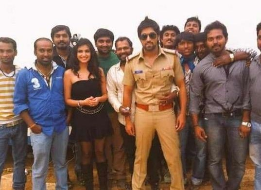 Will Yash Attract His Fans With Khaki?