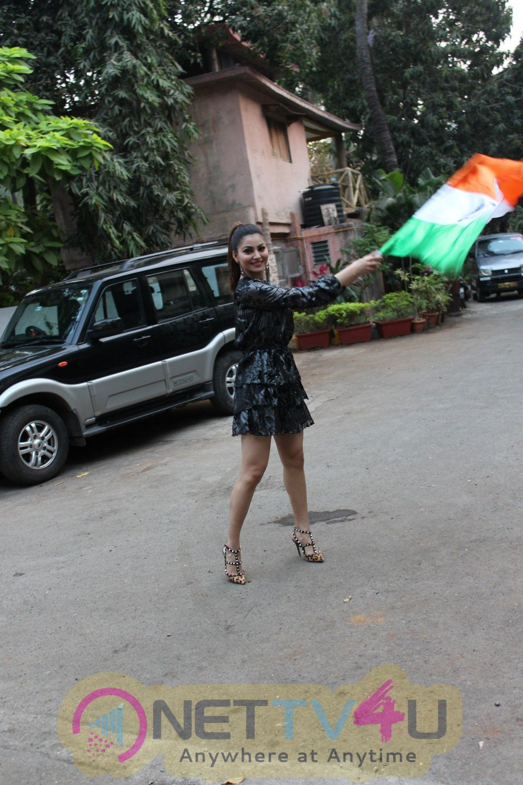 Interview  Of Urvashi Rautela For The Success Of Song Haseeno Ka Deewana Pics