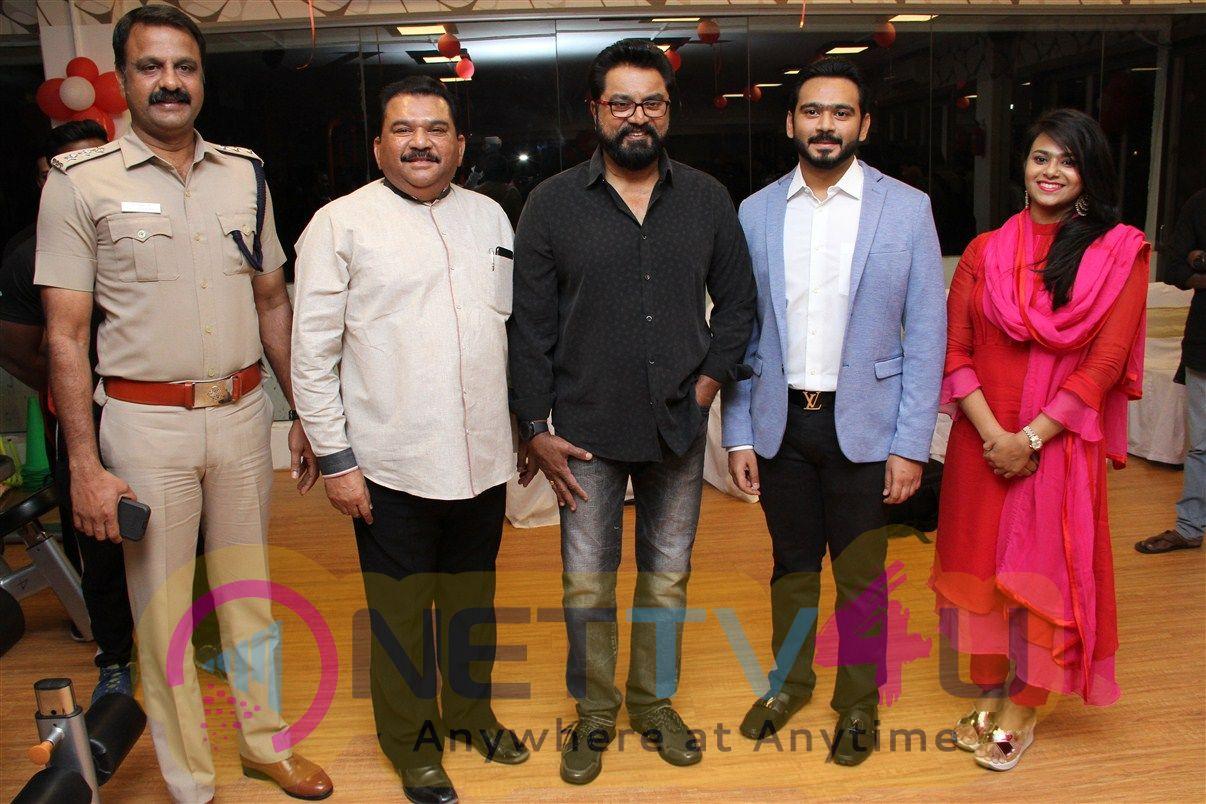 Actor Sarath Kumar Launches Flux Fitness Studio Pics Tamil Gallery