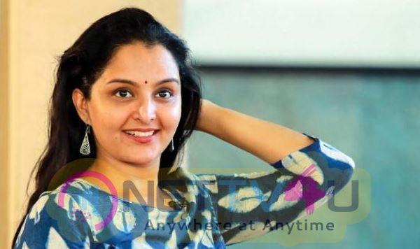 Actress Manju Warrier Charming Stills Malayalam Gallery