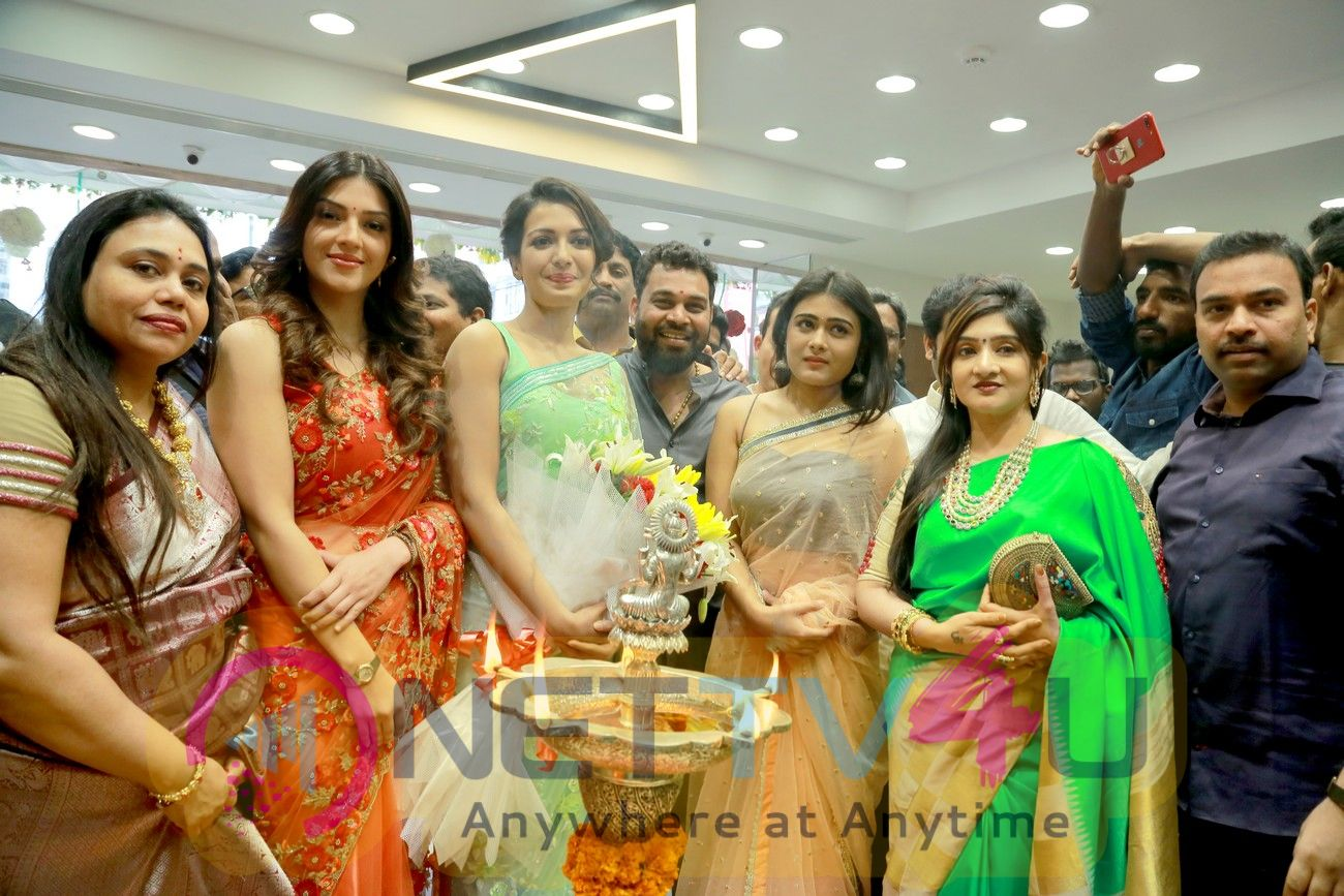 Catherine, Mehareen And Shalini Pandey Launches KLM Fashion Mall At Vizag Pics